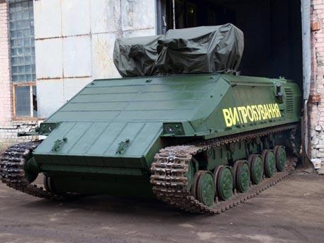 Мелкая кража по-украински: с завода вынесли бронетехнику