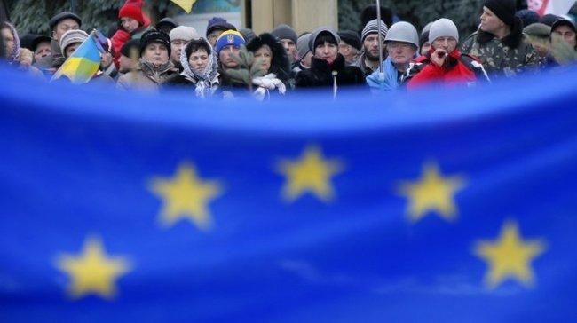 Евросоюз снова отложил введение безвизового режима с Украиной