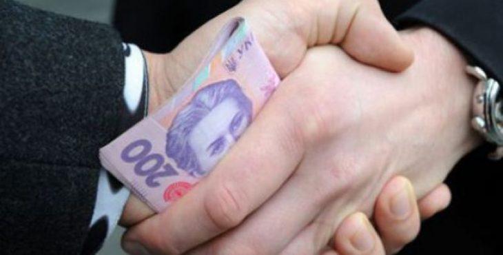 Украина стала европейским лидером по коррупции