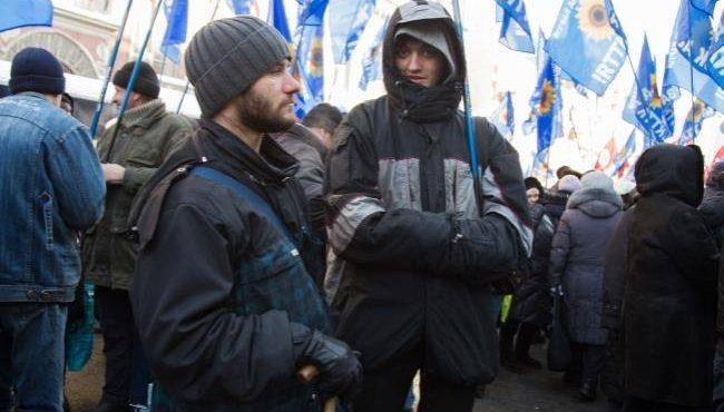 националисты выступают против беженцев