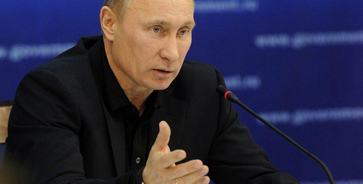пенсионеры всех категорий получат выплату в 5 тысяч рублей