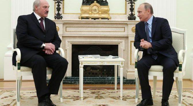 Белоруссия все дальше от России
