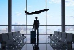 Профессионалы гражданской авиации помогают связывать города, страны, континенты (Фото: Peshkova, Shutterstock)