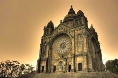 Базилика святой Люции в Португалии (Фото: Francisco Caravana, Shutterstock)