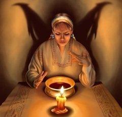 В народе верили, что в этот день ведьмы собираются на посиделки (Фото: ensiferum, Shutterstock)