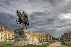 Столица Албании Тирана (Фото: versh, Shutterstock)