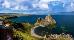 Озеро Байкал (Фото: Razumovskaya Marina Nikolaevna, Shutterstock)