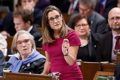 Руководство Канады непланирует рассматривать возможность снятия санкций с РФ