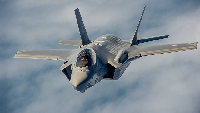 США перебросили вЯпонию самые новые истребители F-35