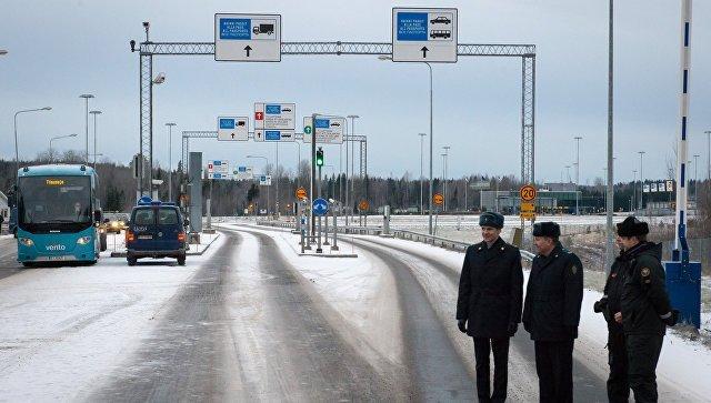Финляндия небудет строить забор награнице сРФ
