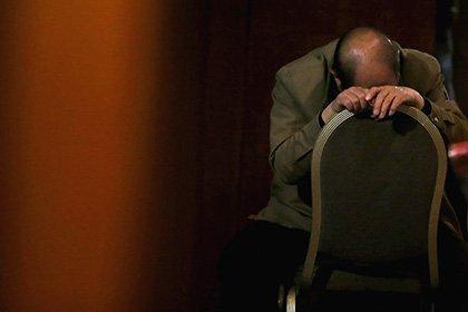 Шестерых китайских чиновников застали спящими насовещании поборьбе замотивацию