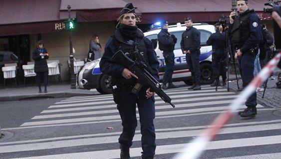 ВоФранции арестовали троих подозреваемых вподготовке нового теракта