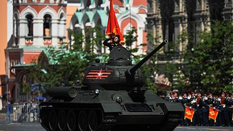 Парад Победы на Красной площади в Москве 9 мая 2017: Прямая видео трансляция смотреть онлайн