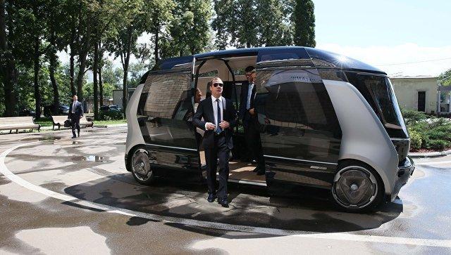 Медведев проведет совещание оразвитии электрического транспорта ибеспилотников
