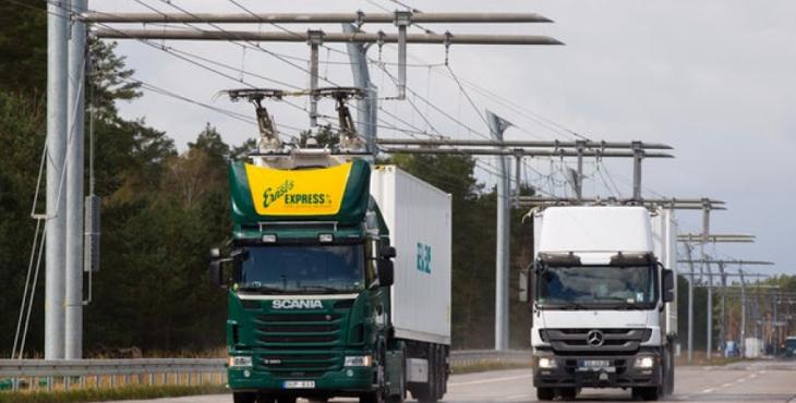 Первый участок электрифицированной магистрали в Германии