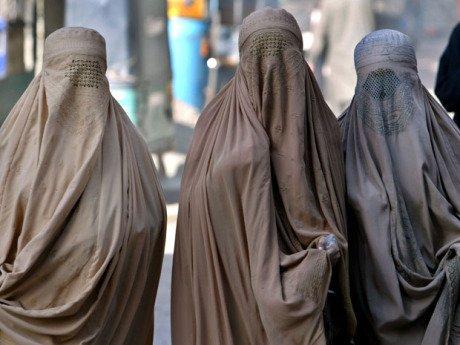ВШвейцарии могут провести референдум позапрету ношения бурки