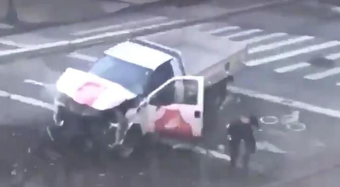 Теракт в Нью-Йорке совершил выходец из Узбекистана. Последние новости расследования, фото и видео с места события.