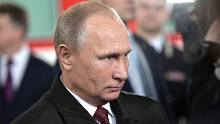 Путин подписал закон овалютном регулировании для жителей РФзарубежом