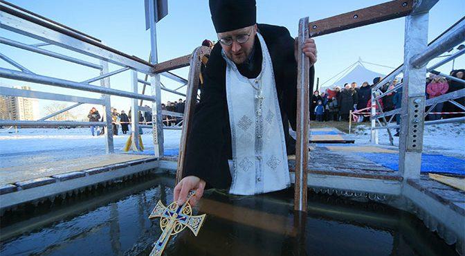 Крещенские купания: инструкция по применению