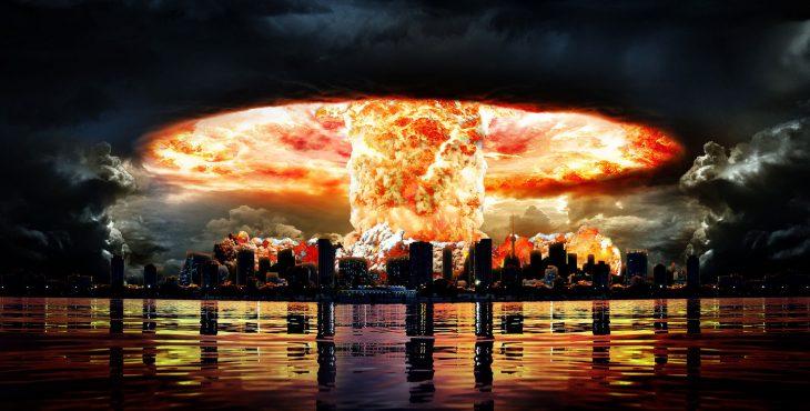 На случай ядерной войны: Что делать после ядерного взрыва?