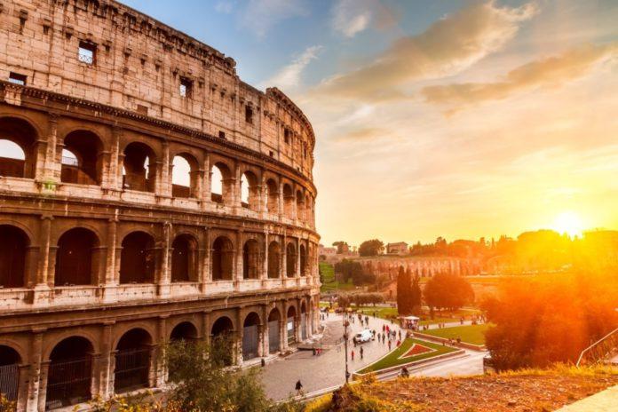 Коронавирус в Италии — последние новости сегодня 25 марта 2020: Пятнадцатый российский самолет вылетел на помощь в Италию, число погибших уже больше чем в Китае