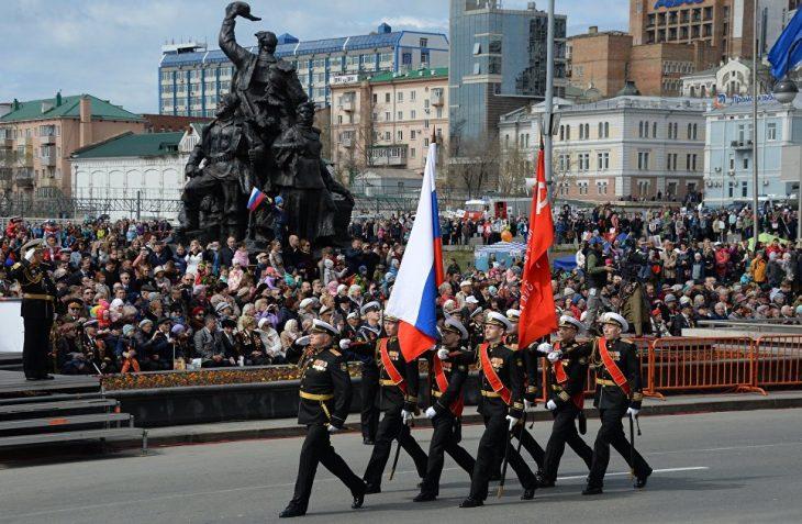 Парад Победы 2018 в Москве: смотреть видео онлайн, сегодня 9 мая прямая трансляция (ВИДЕО)