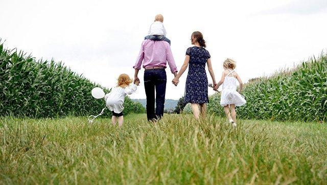 «Вопиющая дикость»: на Украине решили запретить слово «родители»