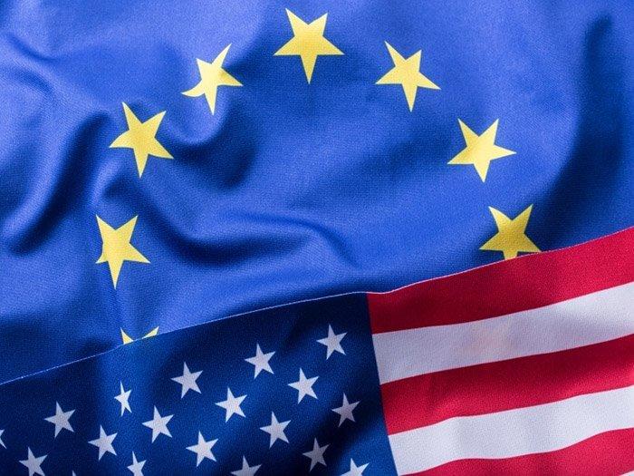 «Западная грызня»: США и ЕС продолжают подрывать авторитет друг друга