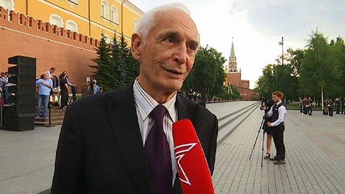 В Кремле сегодня пройдет главный выпускной вечер страны