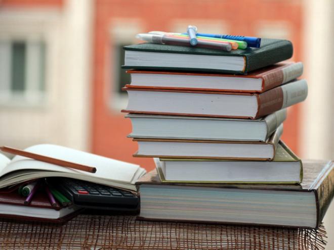 Новый многомиллиардный проект РФ – отказ от школьных учебников