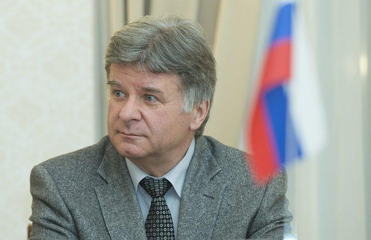 Посол РФ: долг по арестованному в Эстонии российскому парому надо погасить в считанные дни