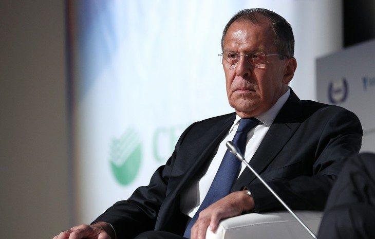 Лавров заявил, что Россия поддерживает прямой диалог властей Афганистана и талибов