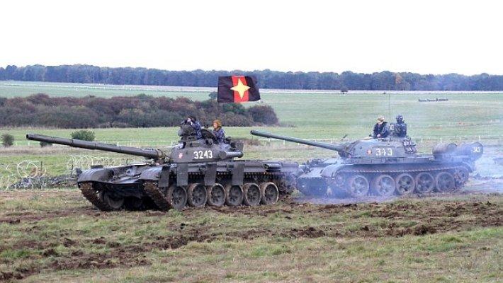 Великобритания укрепит свою военную мощь при помощи надувных танков