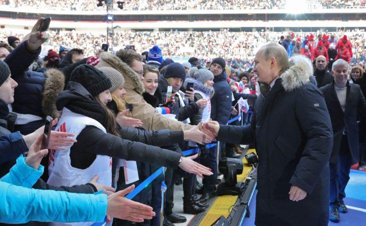 Большинство россиян хотели бы видеть президентом Путина после 2024 года