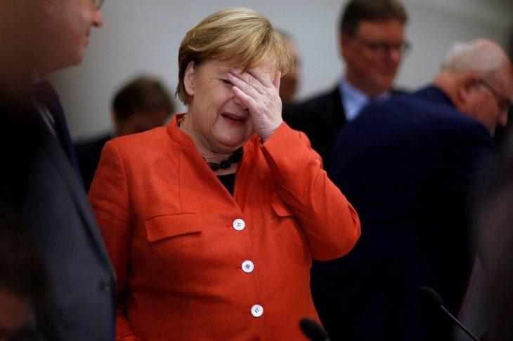 Невероятные подробности – Трамп бросил конфеты Ангеле Меркель