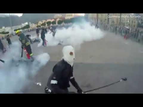 Люди-факелы: 32 человека одновременно подожгли себя в Кейптауне
