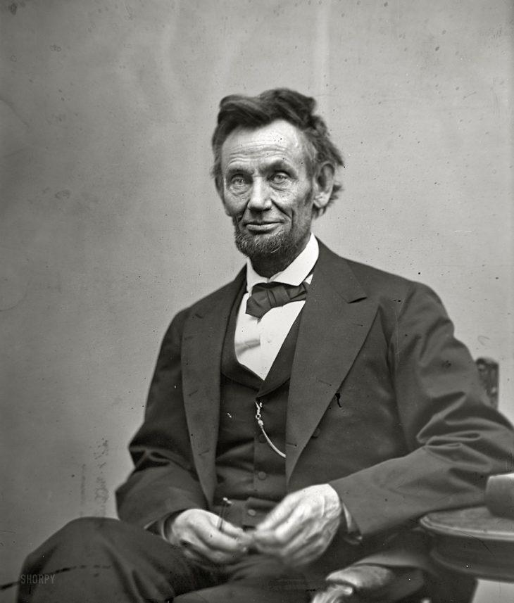 Авраам Линкольн — организатор войны в США