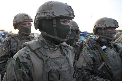 В Донбассе заметили ряженых украинских солдат
