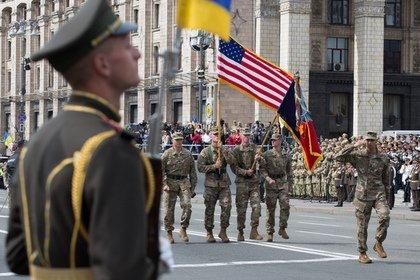 Европа усомнилась в способности США защитить ее от России