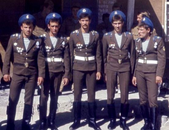 Что нельзя было делать дембелю в армии СССР? Видео