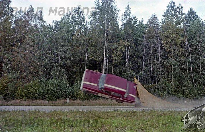 Как проводили краш-тест автомобиля «Москвич 412»