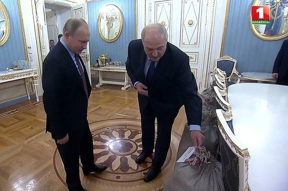 О чем Путин договорился с Лукашенко «без микрофонов»