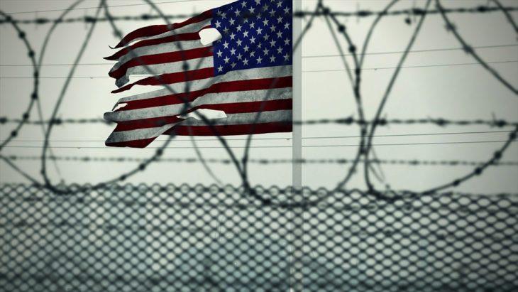 В США обосновали применение слезоточивого газа обеспечением безопасности мигрантов