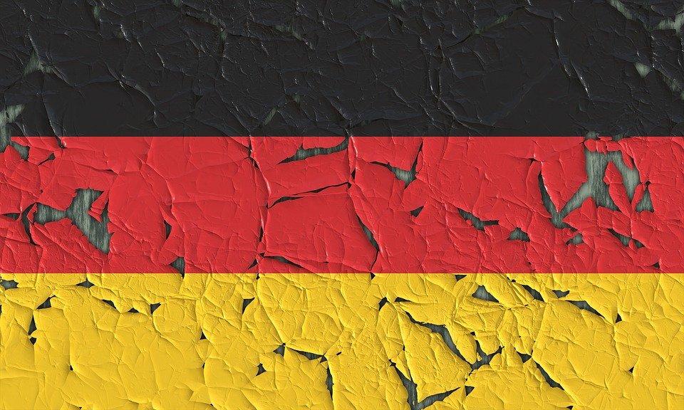 США поставили Германии ультиматум и запретили развивать мобильные технологии