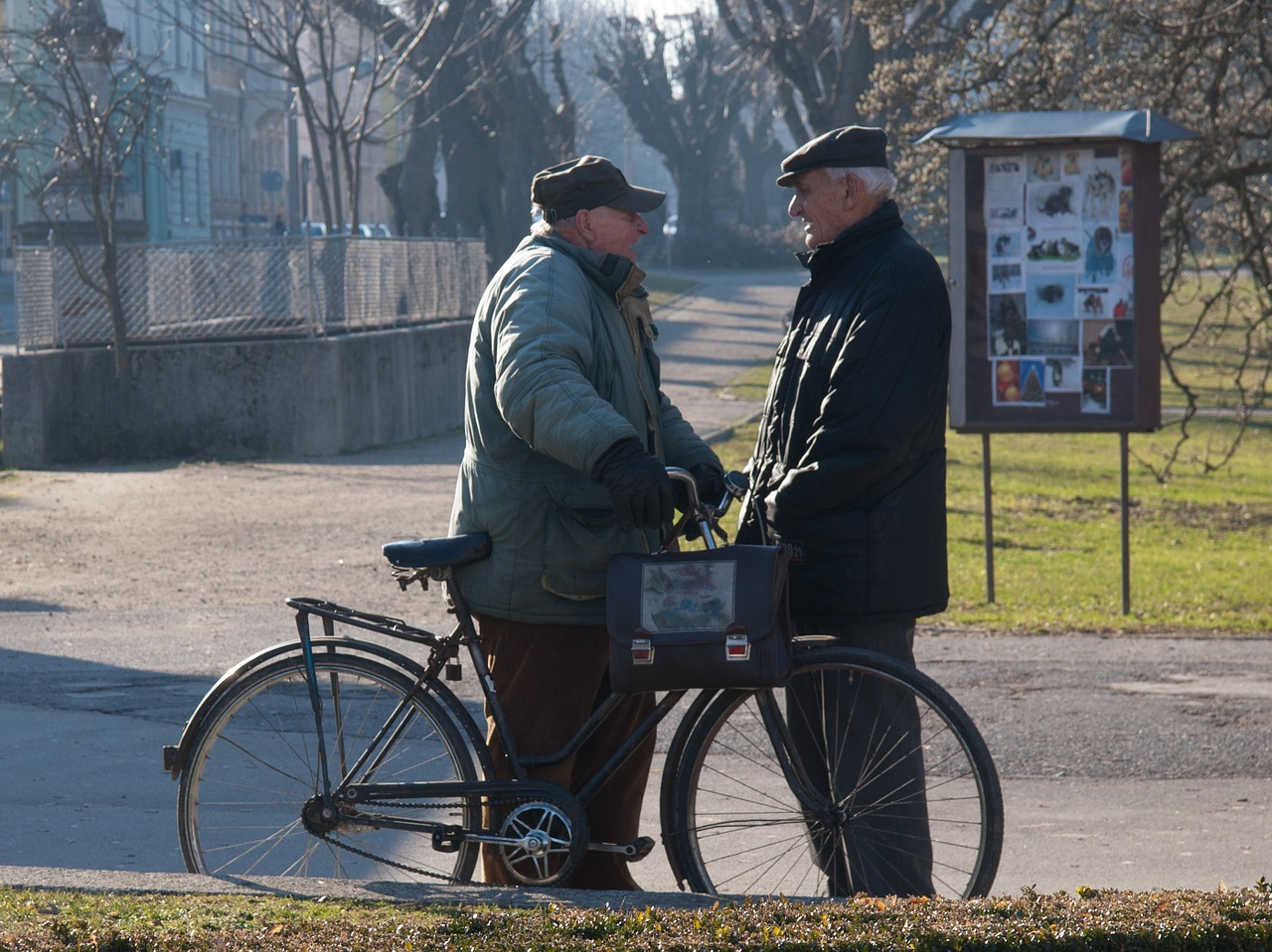 Работающим россиянам старше 65 лет дадут больничные