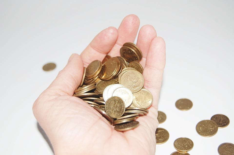 Осторожнее с наличными: Роспотребнадзор выпустил новые рекомендации по коронавирусу и деньгам