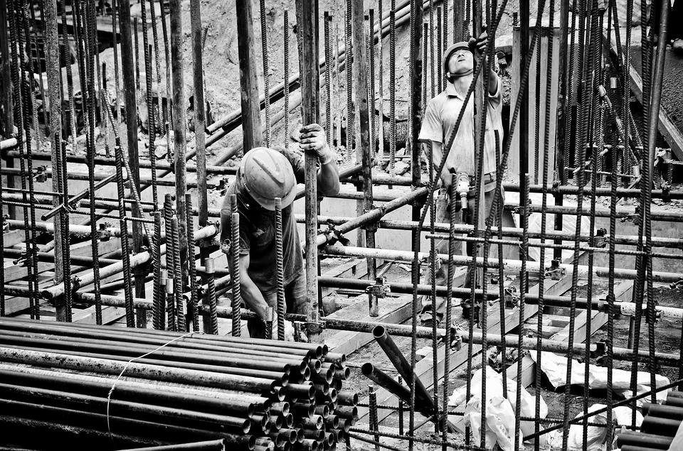 Мигранты устроили драку с русскими за рабочие места: Россияне заменят мигрантов на стройках