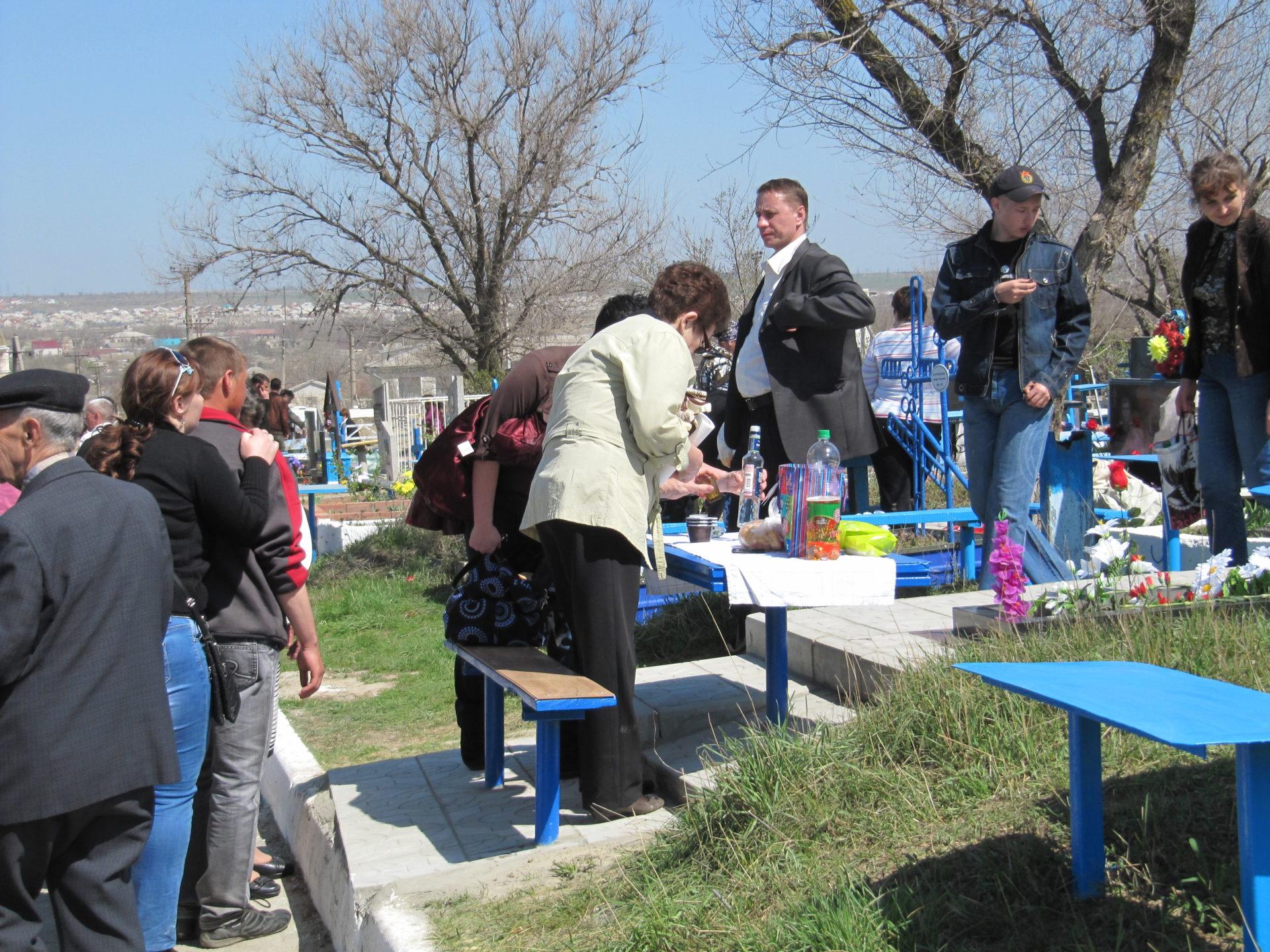 Для умерших от COVID-19 в Москве разработали гроб со стеклянной крышкой