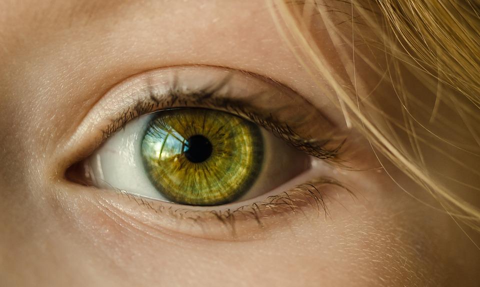 Что может рассказать цвет глаз о предрасположенности к болезням