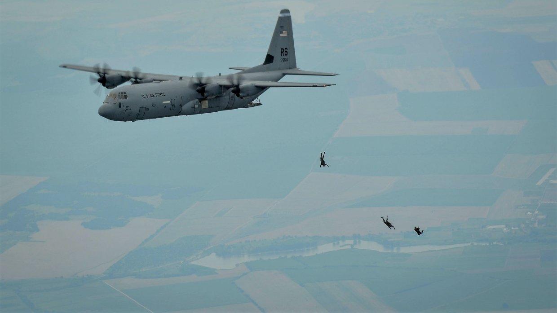 Разведка ВВС США предупреждает: у русских летчиков заканчивается терпение